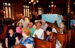 NYC: Ludzie przy Eldridge ulicy synagoga zdjęcie stock