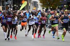 2017 NYC-Marathon - de Eliteleiders van Mensen Royalty-vrije Stock Fotografie
