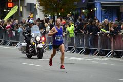 2017 NYC-Marathon - Jared Ward Mens Elite Stock Afbeeldingen