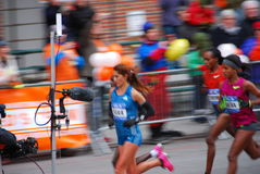 2014 NYC Marathon Womens Leader Pack Stock Images