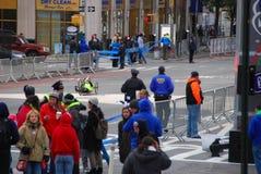 2014 NYC-Marathonansicht über 1. Allee Stockbild