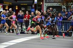 2017 NYC maraton - elita kobiety zdjęcie royalty free