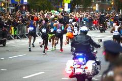 2017 NYC maraton - mężczyzna elita lidery zdjęcie stock