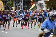 2017 NYC maraton - mężczyzna elita lidery zdjęcie royalty free