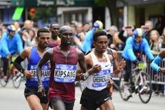 2017 NYC maraton - mężczyzna elita lidery obrazy stock