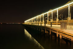 NYC nocy widok od Pier6, Zdjęcia Royalty Free