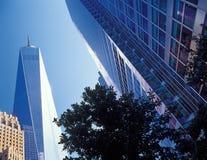 NYC - oben schauend Lizenzfreies Stockfoto