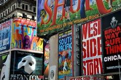 NYC : Panneaux-réclame de Broadway de Times Square Photographie stock libre de droits