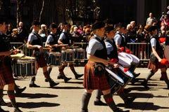 2015 NYC Parade 7 van de Geruit Schots wollen stofdag Royalty-vrije Stock Foto's