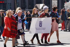 2015 NYC Parade 8 van de Geruit Schots wollen stofdag Royalty-vrije Stock Foto