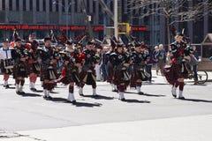 2015 NYC Parade 16 van de Geruit Schots wollen stofdag Stock Afbeelding