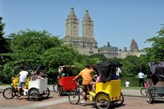 NYC: Pedicabs at Central Park's Cherry Hill Royalty Free Stock Image