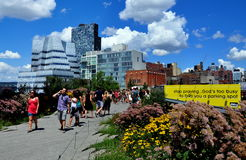 NYC: People Strolling in the High Line Park Stock Photo