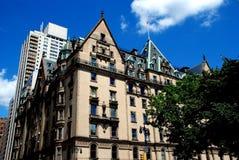 NYC: Prédio de apartamentos do luxo de Dakota Imagens de Stock Royalty Free