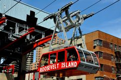 NYC: Roosevelt Island Tram Stock Photos