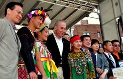 NYC: Senator Charles Schumer på den taiwanesiska festivalen Arkivbild