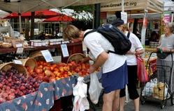 NYC: Shopping at Farmer's Market Royalty Free Stock Photography