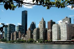 NYC: Skyline da zona leste Foto de Stock Royalty Free