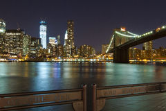 NYC Skyline und die Manhattan-Brücke Stockfotografie