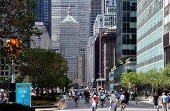 NYC: Sommer-Straßen Samstag auf Park Avenue Stockfotografie