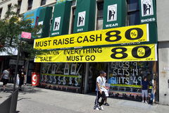 NYC: Store Having Sale in Harlem Royalty Free Stock Photography