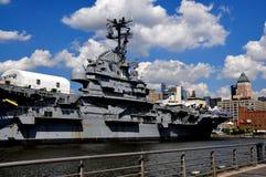 NYC:  U.S.S. Intrepid Sea, luft- & utrymmemuseum Royaltyfri Fotografi