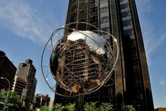 NYC: Unisphere bei Columbus Circle Stockfotos