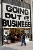 NYC: Uscendo del segno di affari Fotografia Stock Libera da Diritti
