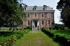 NYC:  1748 Van Cortlandt Manor House Museum. NYC (The Bronx):  South front of high Georgian 1748 Van Cortlandt Manor House built in dressed fieldstone with a Stock Images