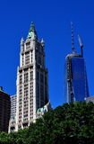 NYC: Woolworth Building & One World Trade Center Royalty Free Stock Photos