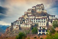 Nyckel- Gompa - tibetan buddistisk kloster i Spiti fotografering för bildbyråer