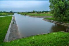 Nyckelmekanism för flodskydd Landskap n Royaltyfri Fotografi