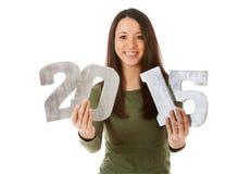 NYE: Donna allegra pronta per il nuovo anno 2015 Immagini Stock Libere da Diritti