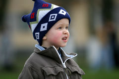 nyfiken pojke royaltyfri fotografi