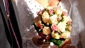 Nygifta personer stock video