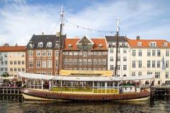 Nyhavn港口在哥本哈根,丹麦 免版税图库摄影