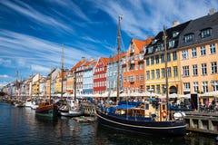Nyhavn港口在哥本哈根,丹麦 库存照片