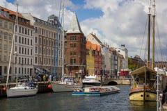 Nyhavn运河哥本哈根 免版税库存照片