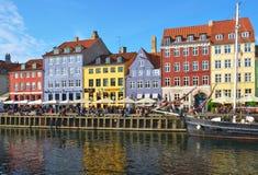 Nyhavn运河在哥本哈根 免版税库存图片