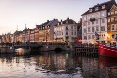 Nyhavn или новая гавань, Копенгаген, Дания стоковое изображение rf