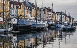 Nyhavn, Copenhaghen, Danimarca - le barche Fotografia Stock Libera da Diritti
