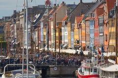 Nyhavn, curso de Copenhaga imagens de stock