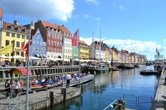Nyhavn de famousestraat in Kopenhagen, Denemarken Stock Foto's