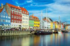 Nyhavn em Copenhaga, Dinamarca Fotografia de Stock Royalty Free