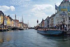 Nyhavn kanal i Danmark Royaltyfri Foto