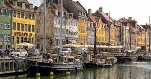 Nyhavn in Kopenhagen stock foto's