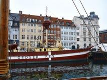 Nyhavn latarniowiec Zdjęcia Royalty Free