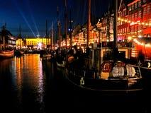 Nyhavn nachts Lizenzfreie Stockbilder