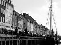Nyhavn nel black&white di Copenhavn Fotografia Stock