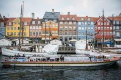 Nyhavn Nowy schronienie Popularny teren Kopenhaga Dani obrazy stock